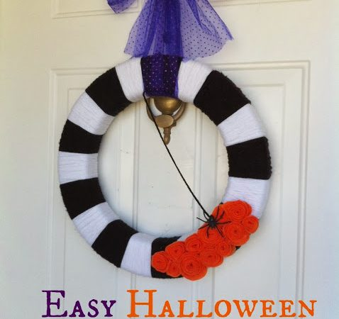Simple Yarn Wreath for Halloween