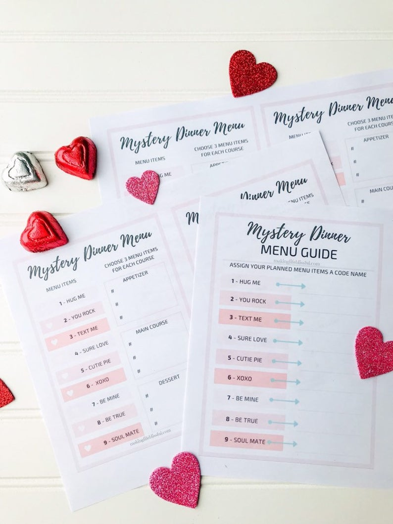 mystery-dinner-printable-menus-and-guide