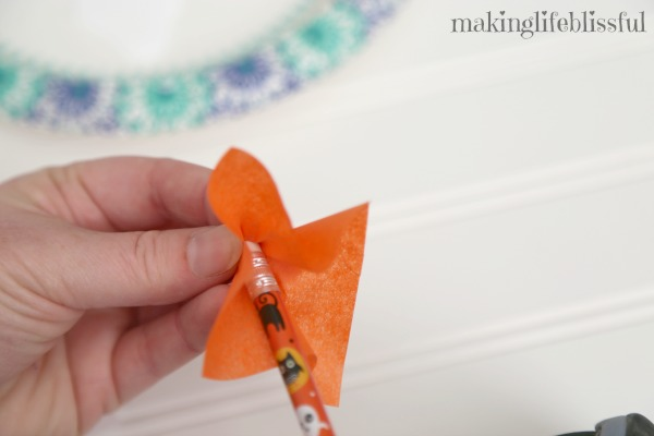 candy corn tissue craft