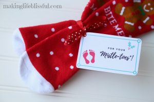 Quick Christmas Gifts for Neighbors Plus Printables