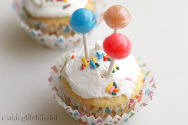 Easy Balloon Cupcakes