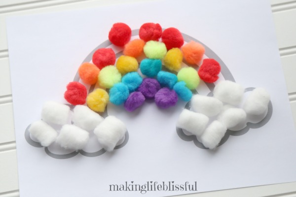 Pom Pom Rainbow Craft