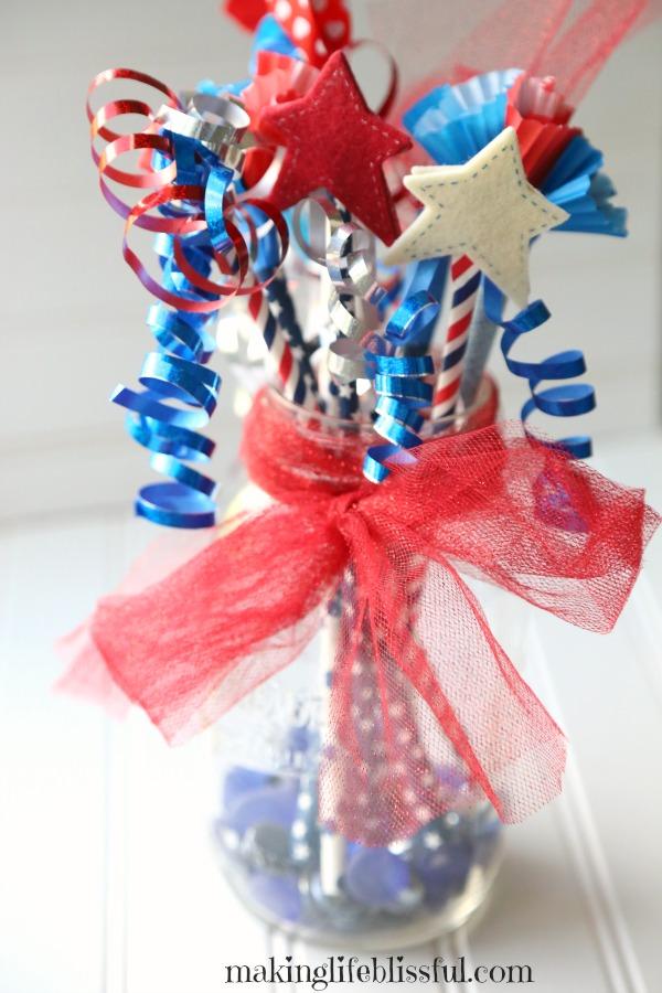 Easy patriotic kids craft wands