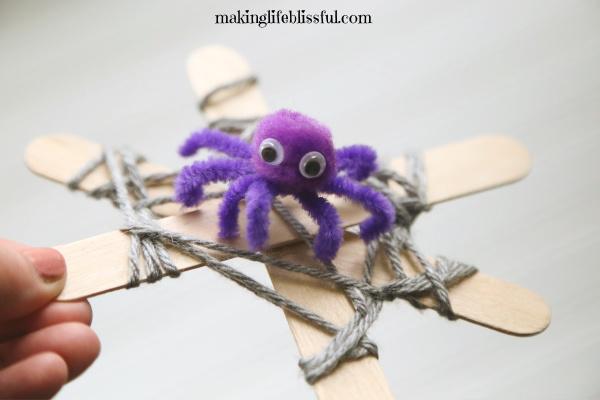 FUN Halloween Spider Craft for Kids!