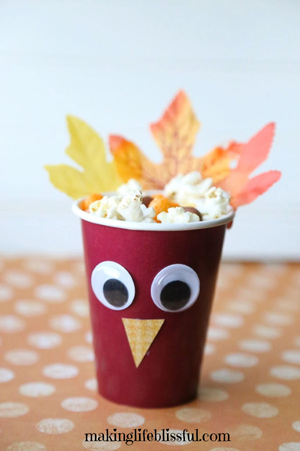turkey-treat-cups-for-kids