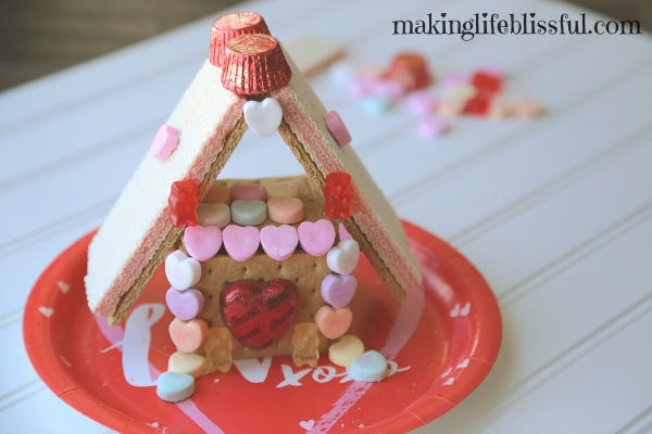 Valentine Sweet Shack Candy Houses