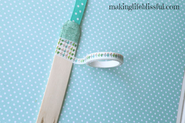 how to make washi tape bookmarks